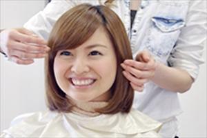 薄毛は福岡に2017年にオープンした美容室【Axio-アクシオ-】にお任せ